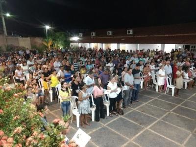 Domingas Santana é homenageada por familiares, amigos e conhecidos em celebração